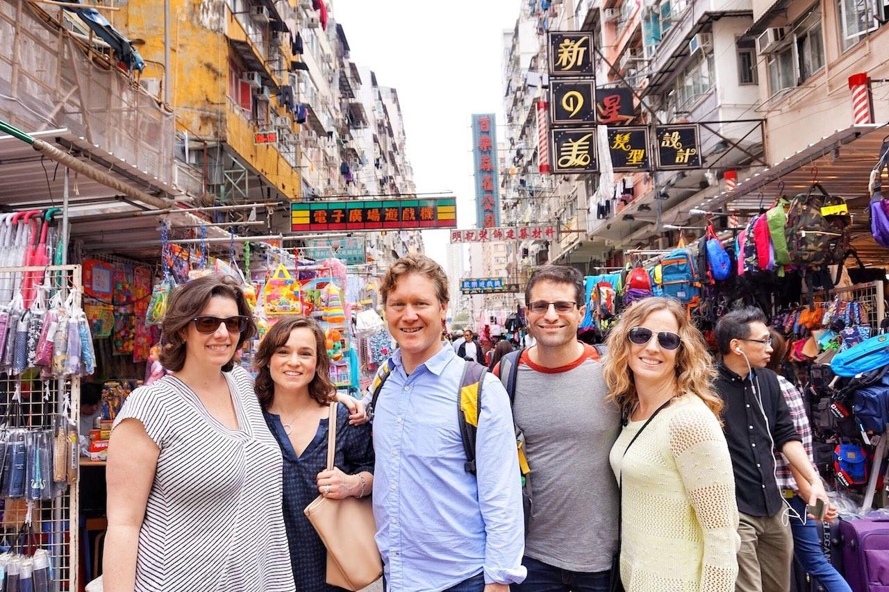 hello-hong-kong-private-tour-visitors12.jpeg