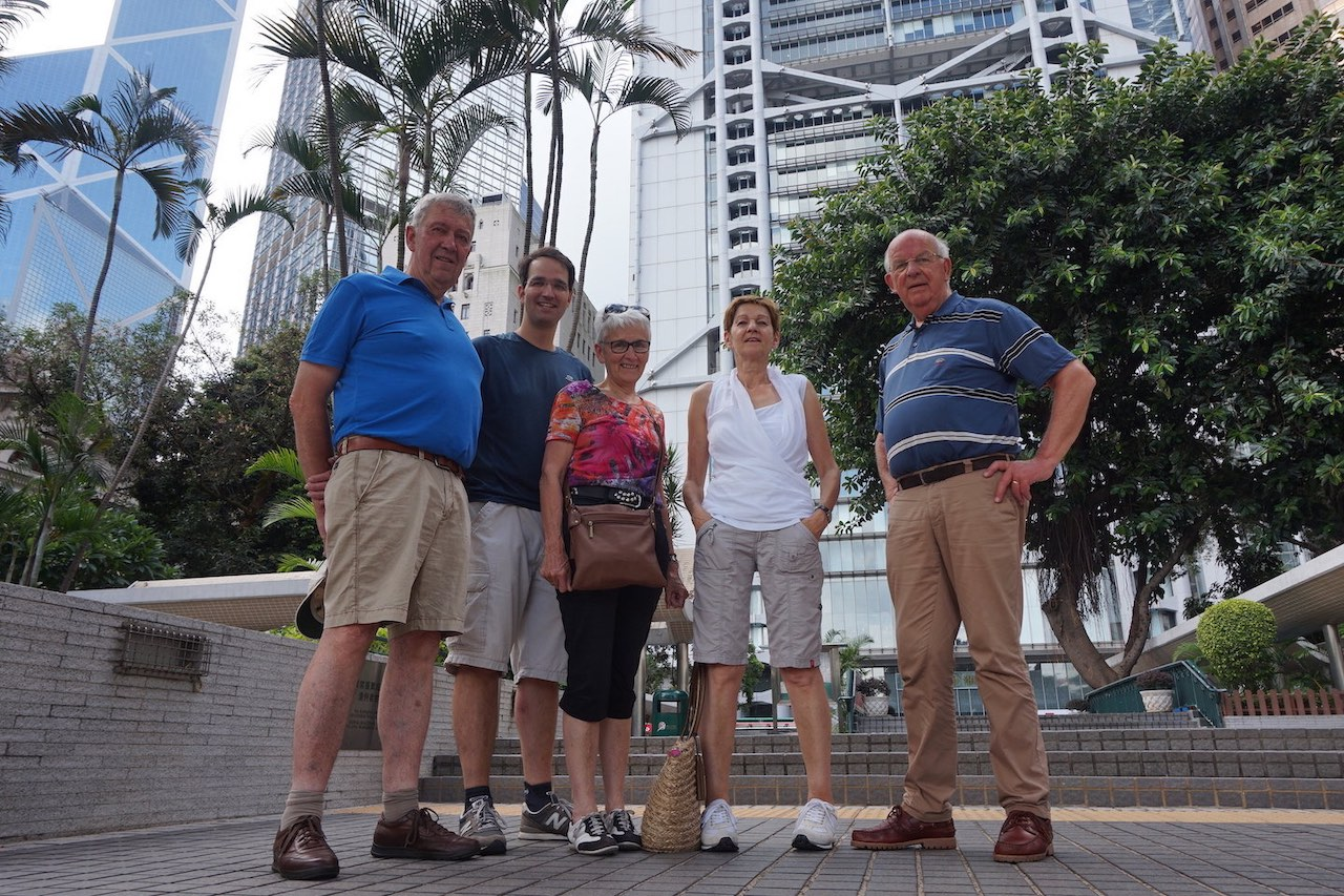 hello-hong-kong-private-tour-visitors16.jpeg