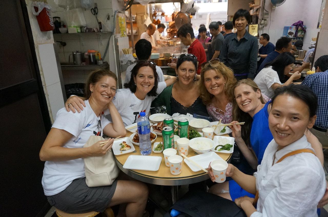 hello-hong-kong-food-tour-visitors11.jpeg