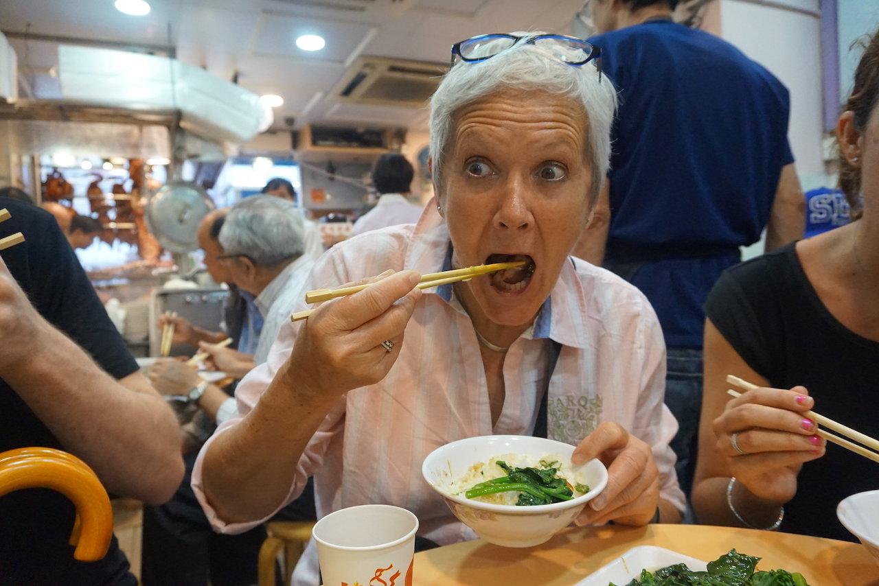 hello-hong-kong-food-tour-visitors10.jpeg