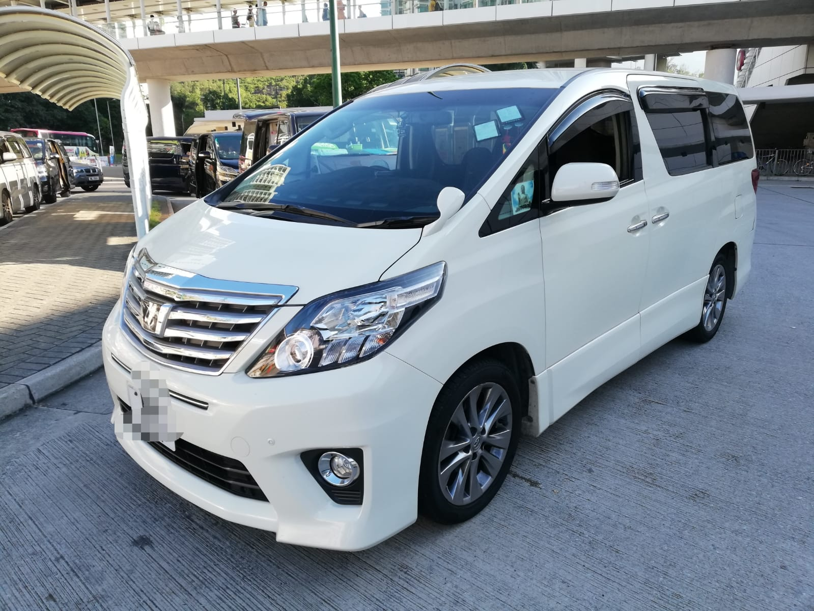 Private airport transfer Hong kong made easy by Hello! Tours