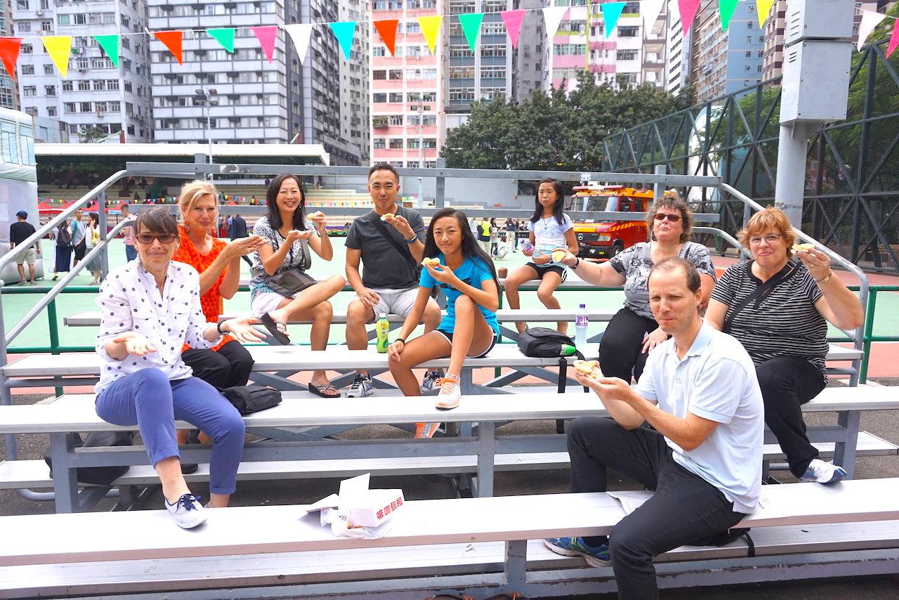 hello-hong-kong-food-tour-visitors13.jpeg