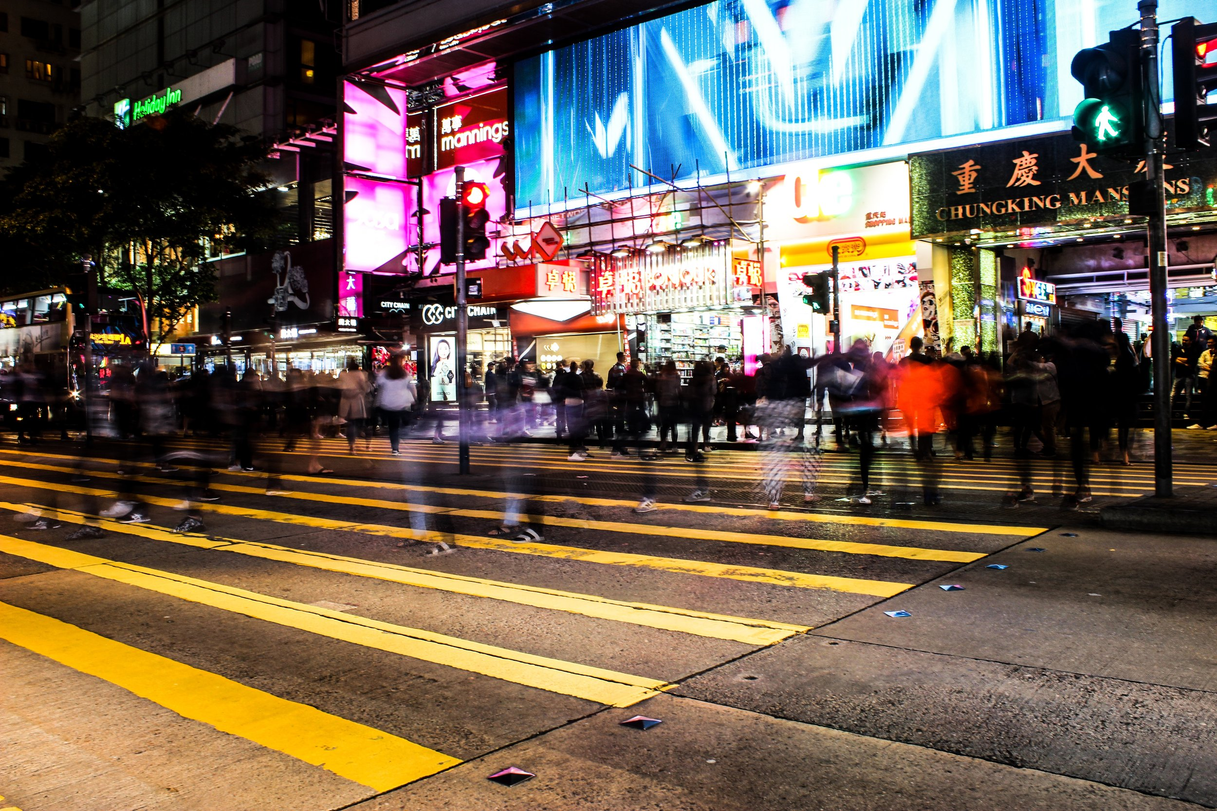 Explore the Kowloon side on our Hello Hong Kong night tour