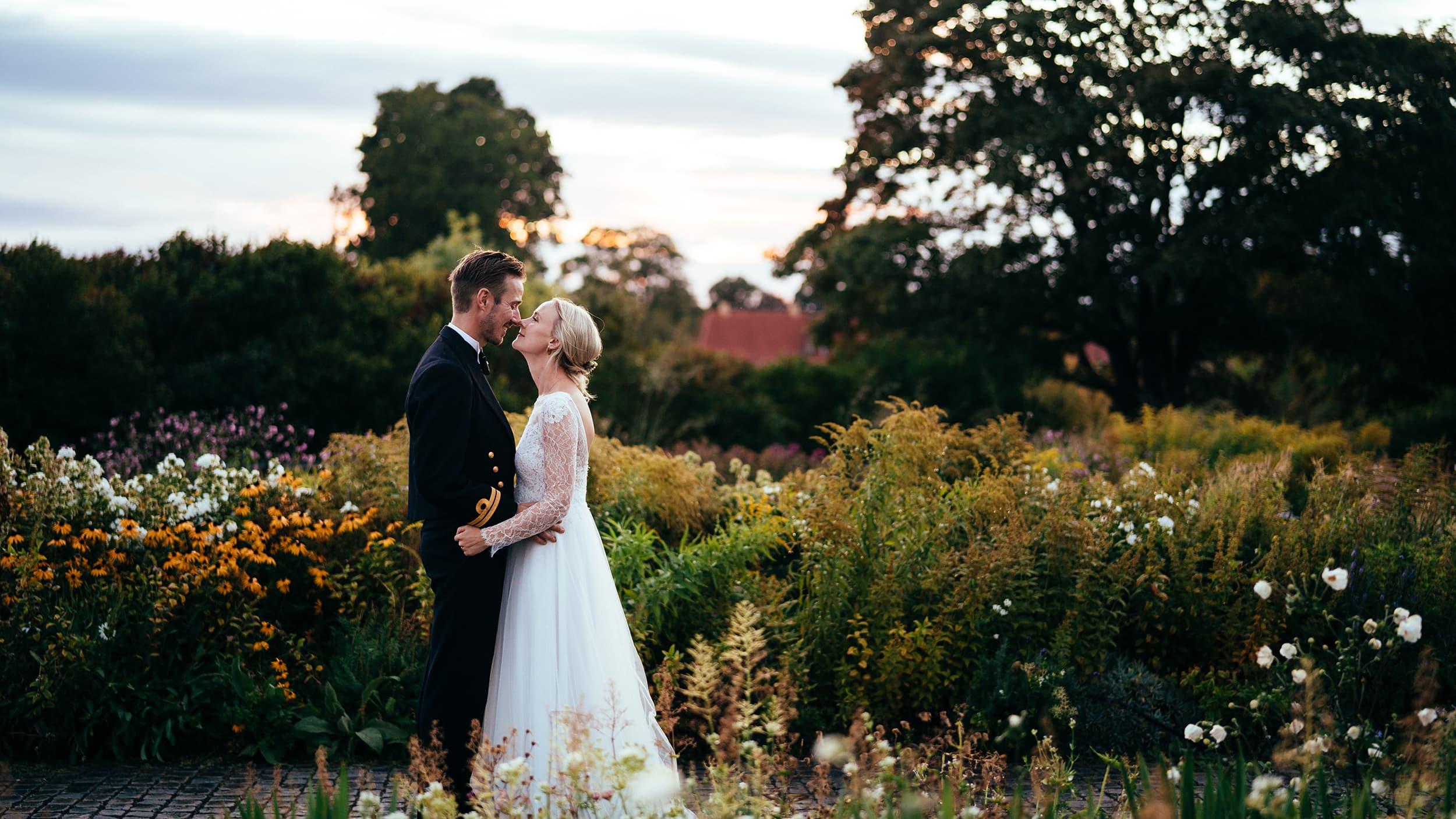 bryllupsfotograf-ved-langelinie-billede-af-brudepar.jpg