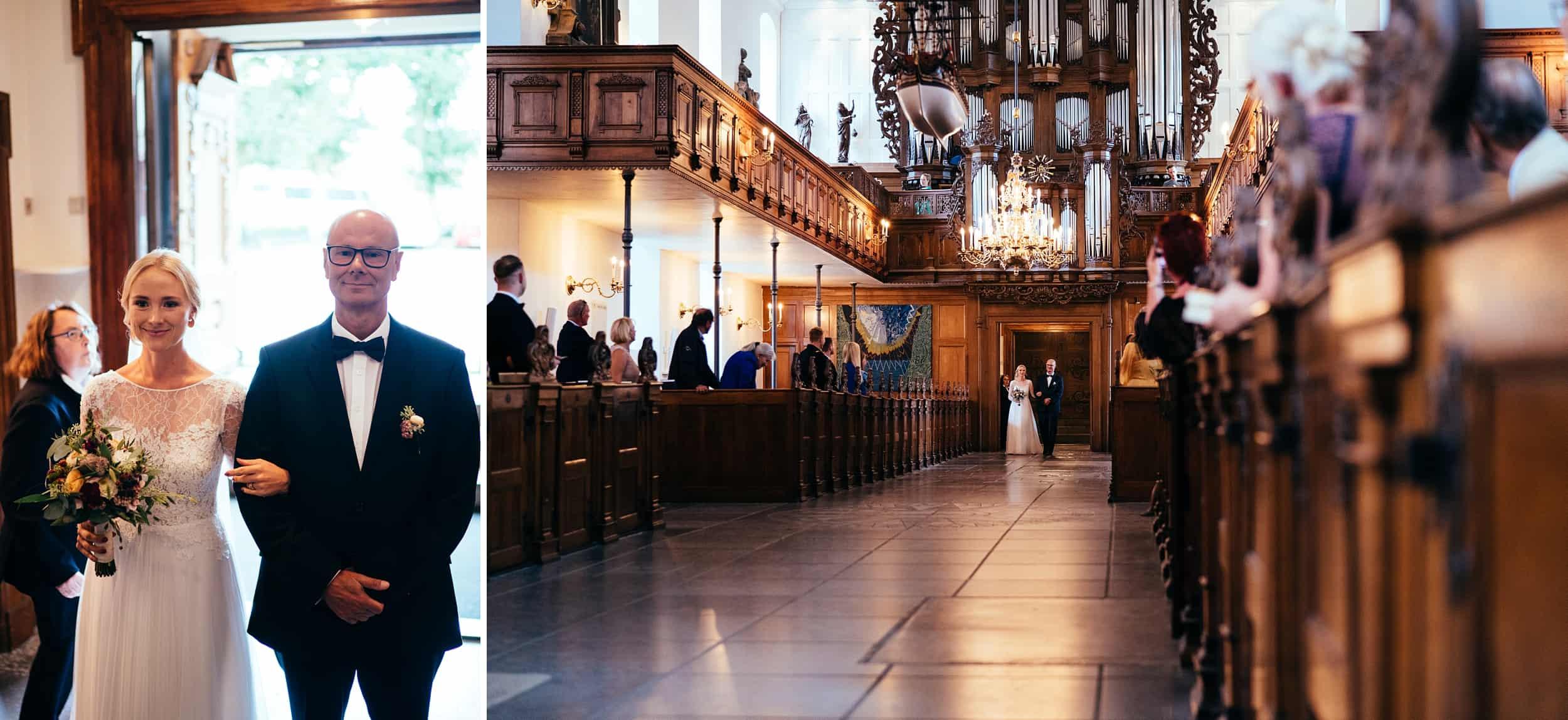 brud-ankommer-i-holmens-kirke-københavn.jpg