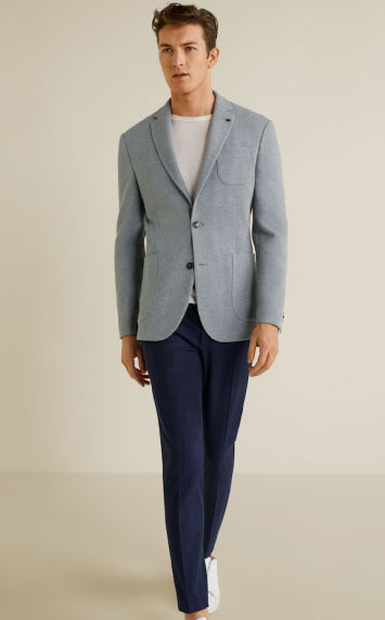 Mango Man relaxed style in a jersey blazer.
