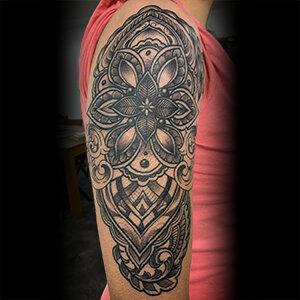 Voorbeeld van een mandala tattoo gezet door Jill