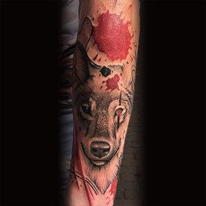 Voorbeeld van een Trash Polka tattoo gezet door Blxck