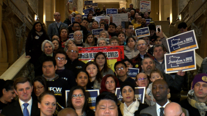 capitol-rally-for-giving-drivers-licenses-to-undocumented-workers.jpg