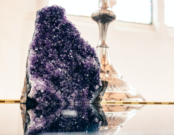 The Amethyst Package - Included:- Extra Large amethyst geode as pictured (30cm height)- Large amythyst tealight holder (15cm diameter)- 10 medium amethyst geodes (varied sizes)Price to hire: £150 (not including delivery)(Image by Claire Bemister Photography)