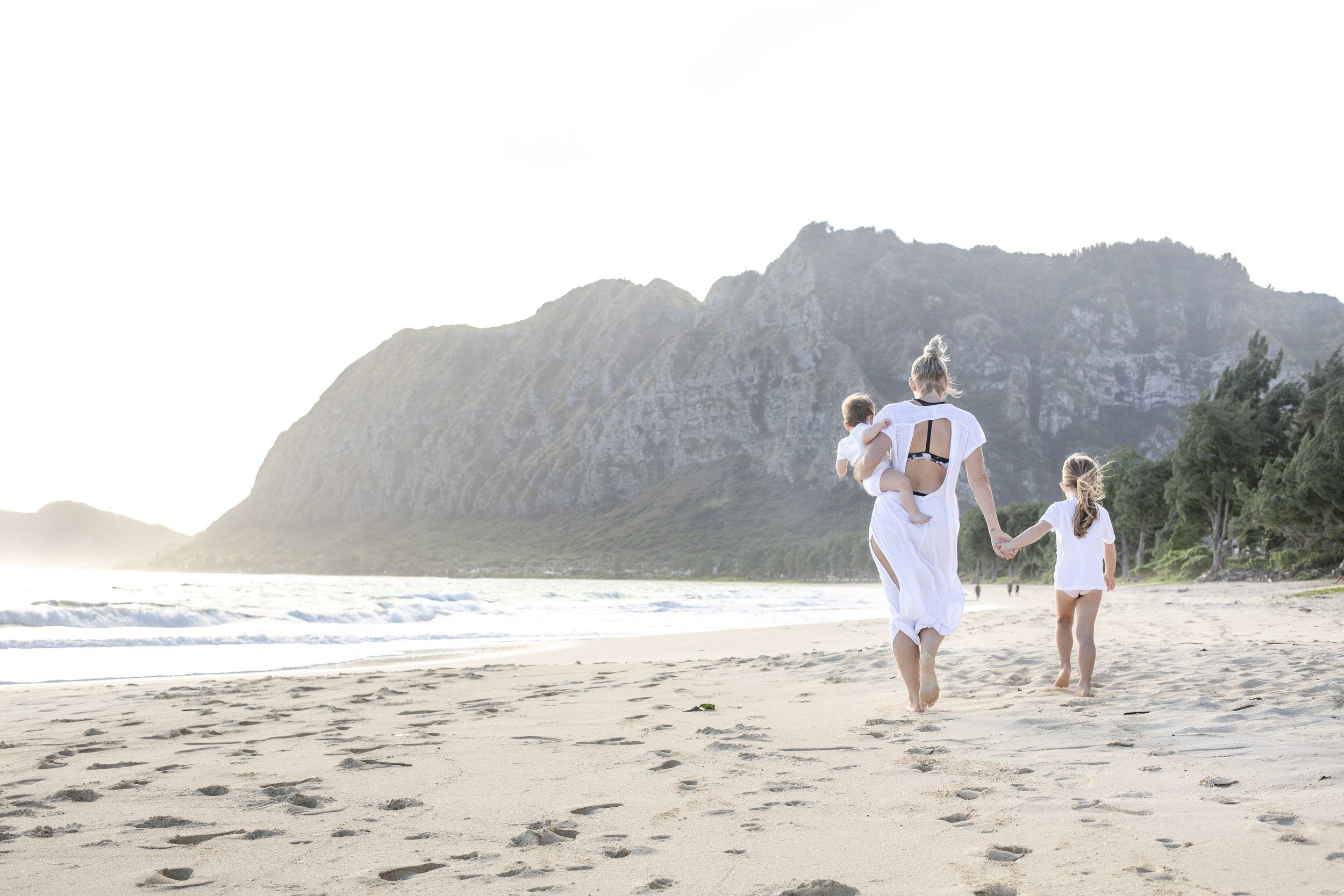 Travel Family travelmade easy - Hustle travel planning services and products will make traveling with kids seamless!