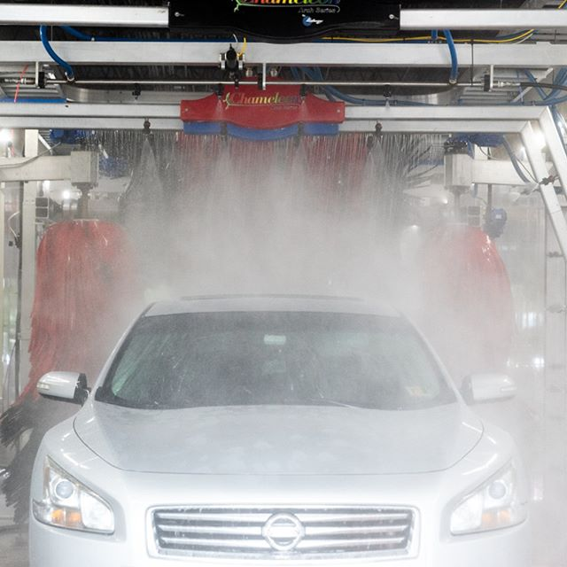 Once you give our full-service tunnel wash a whirl, no other place will do!