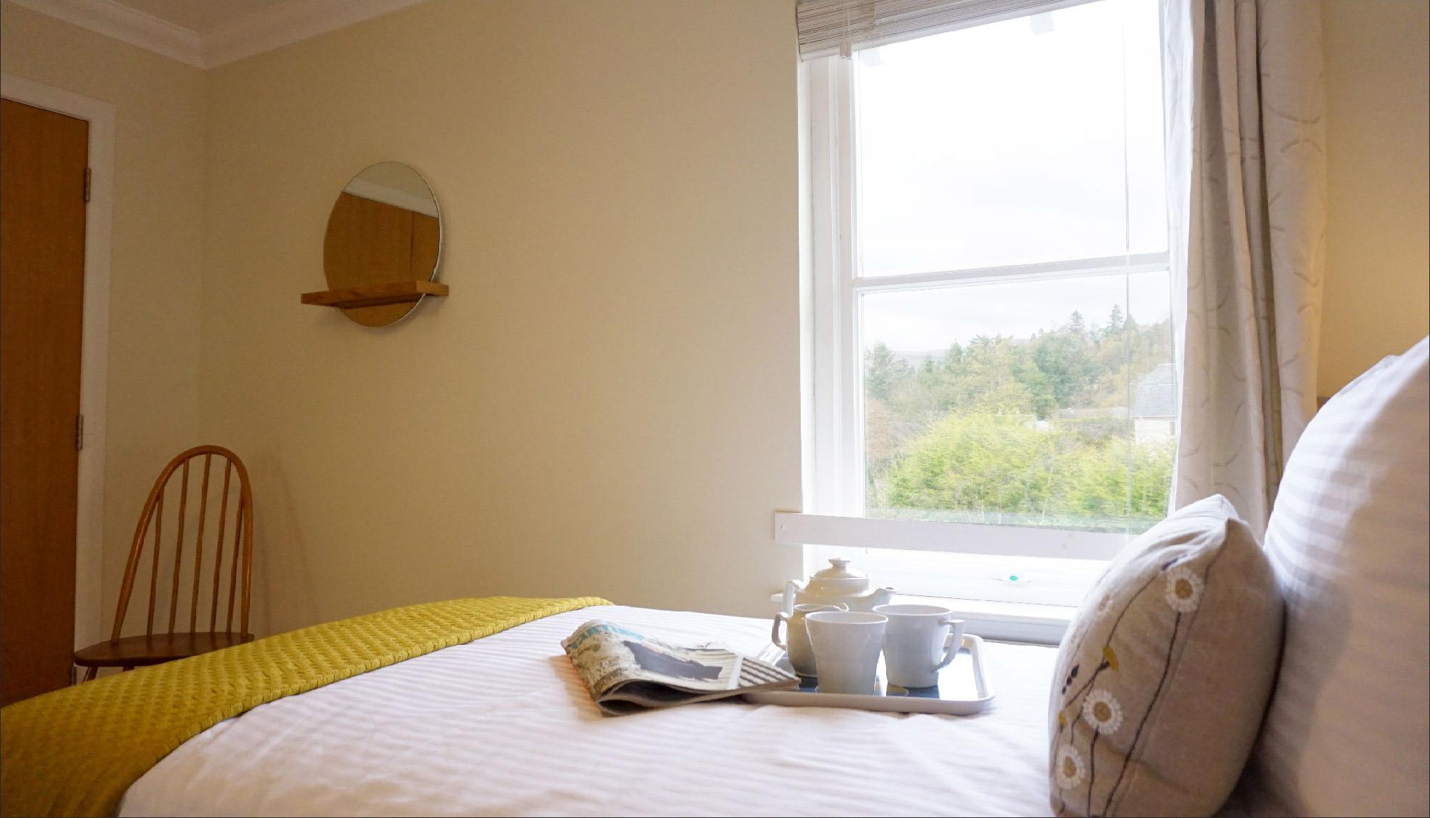 The_Hoolet_Crieff-Bedroom_3-2.jpg