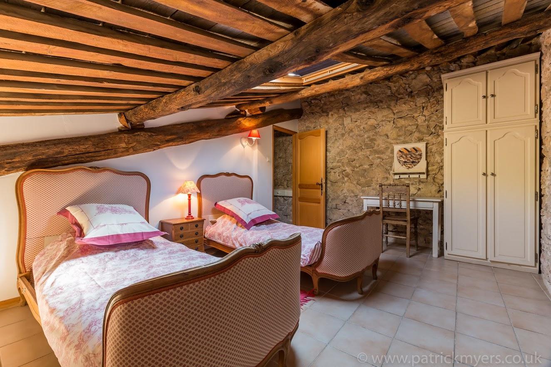 La Grange Twin Bedroom 1.jpg