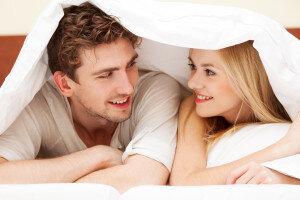 couplesleeping-300x200.jpg
