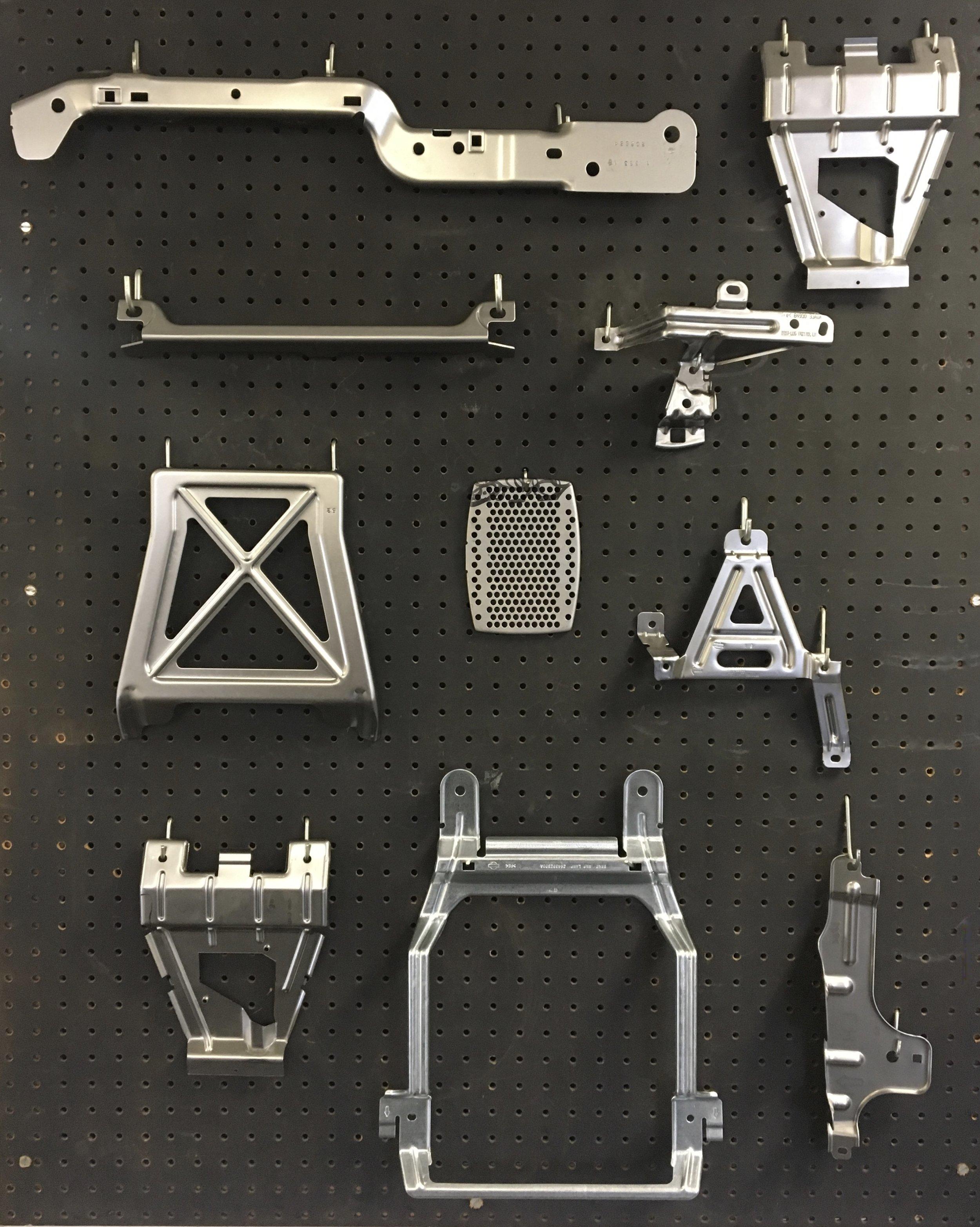 L/R arm rest, map lamp bracket, seat components, filter grid