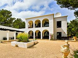 Can_Amonita_Ibiza_outside_terrace