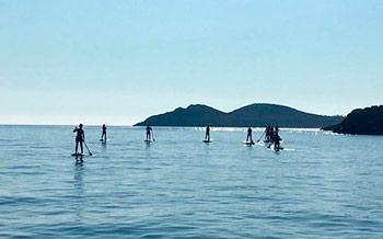 yoga-retreat-ibiza-stand-up-paddle-boarding