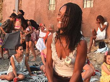 Benirras_beach_Ibiza_dancing