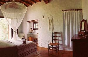Harmonic_Escapes_Ibiza_Can_Bueno_bedroom