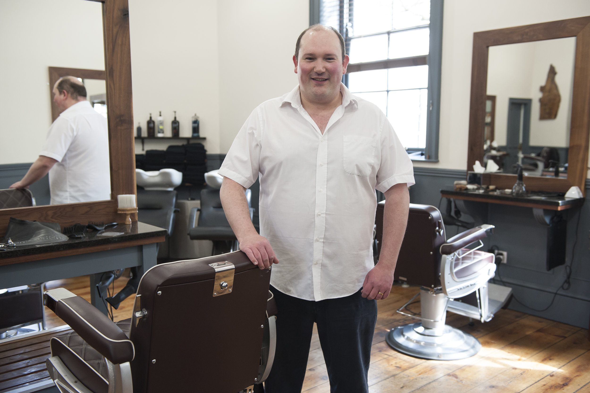 Established in July 1997 by Gary Bazley, the vision was to create a hairdressers that specialised in men only. Hacketts offers a unique hairdressing experience in a relaxed environment with a superb customer orientated service at a reasonable price.  We are just five minutes walk away from the hustle and bustle of the city centre. Situated just inside the foyer of the main entrance to Green Park Station,Bath. Green Park Station has a very relaxed atmosphere and this is the kind of ambience that we have strived to create within the salon. Situated in one of the original spacious Victorian rooms of the station we have managed to blend the traditional with the contemporary; bringing together such features as authentic barber chairs and hand-crafted furnishings that echo the iron and wood structure of the station itself.  Hacketts is open Monday to Saturday with late night openings until 8pm on a Wednesday & Thursday . We have an appointment system that means you can arrange your haircut within your day and therefore have no need to sit and wait. We also offer a text messaging service so you never miss an appointment as we will text you the day before to remind you. There is always magazines, daily papers for you to browse through and we offer complimentary tea, coffee and soft drinks and even a beer with your appointment.  If you are looking for a haircut where you can sit down and chill out and watch the world go by then look no further than Hacketts.