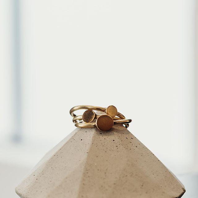 Put a ring on it. * 📷@emileyichikawa
