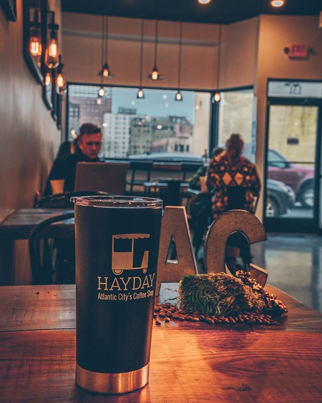 @haydaycoffee The cozy atmosphere makes you want to sit down and enjoy a beverage and/or snack of you choice. • • •  #video #ampdigital #marketing #socialmedia #southjersey #atlanyiccity #doac #hustle #instagram #promo #success #socialmedia #businessowners #videoproduction #goals #sonyalpha #videography  #videopromo #localbusiness #socialmediamarketing  #marketingtips #videoproduction #followers #linwood #contentcreation #onlinebusiness #atlanticcounty #photography  #instagram #ampdigital
