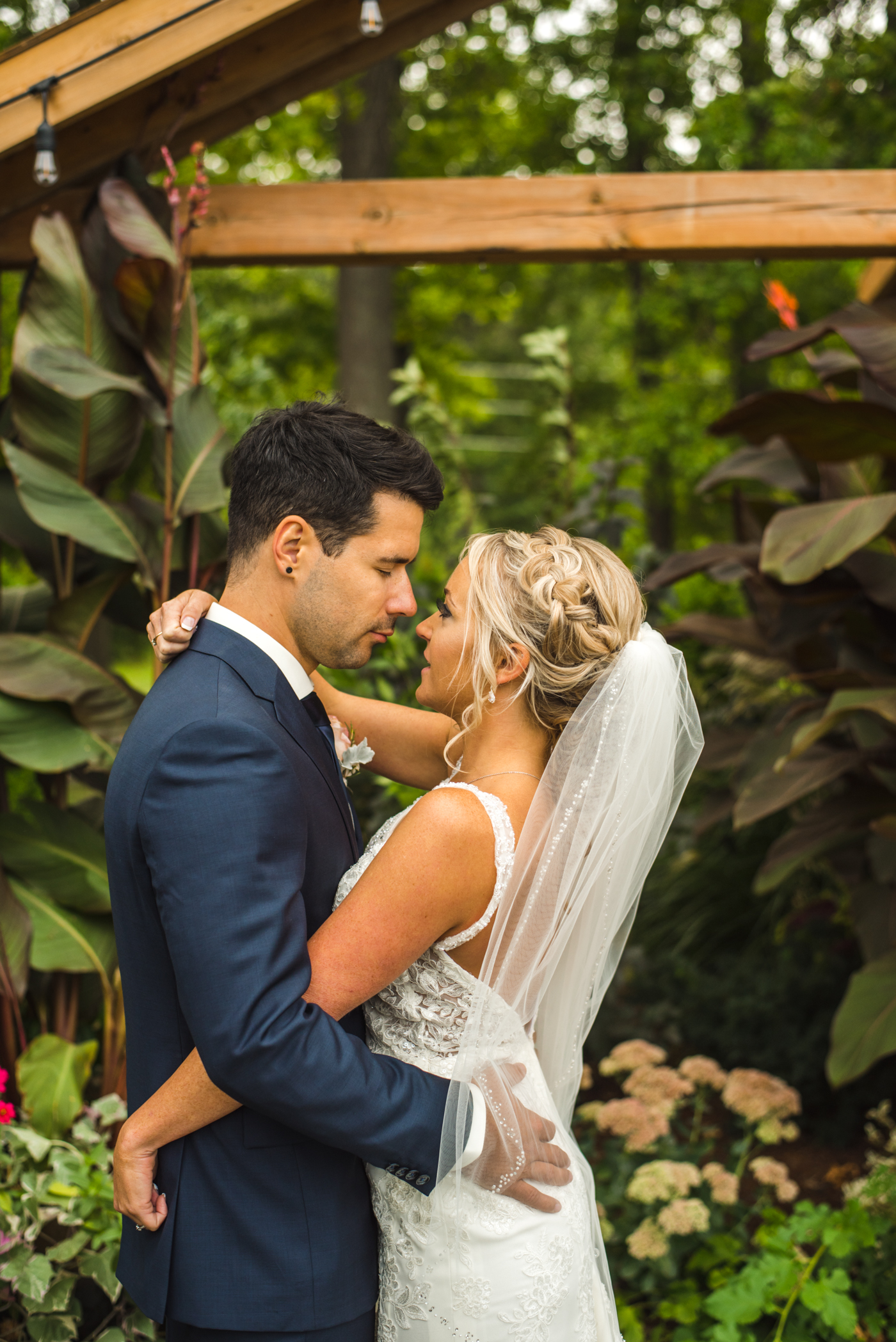 Eli & Michelle Wedding Hamilton St Catharines Niagara Ontario Club Roma Outdoor September Summer Aidan Hennebry of Hush Hush Photography & Film-21.jpg