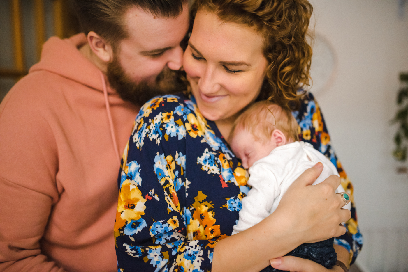 The Stipancic Family At Home Newborn Session Baby 1 Month Old Montreal Quebec Hamilton Ontario Aidan Hennebry Hush Hush Photography & Film Adelaide Pearle-13.jpg