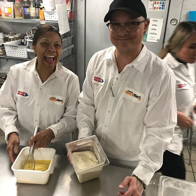 All smiles on #PastaNight 🍝👩🍳🧑🍳👨🍳Our @emilygriffithtechcollege @culinaryquickstart students learn how to make fresh, handmade 🙌 pasta as part of their 4-week #culinarytraining Sign up for our next class, starts March 16 culinaryquickstart.com