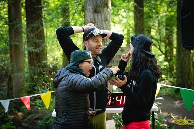 Finding out that the lead runners were already on the way down their final descent! 🤭😲😳 #runtigerclaw  Photo credit: @michael.mcsherry