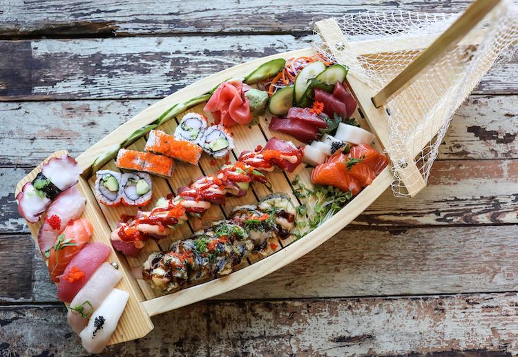 1. Sushi boat.jpg