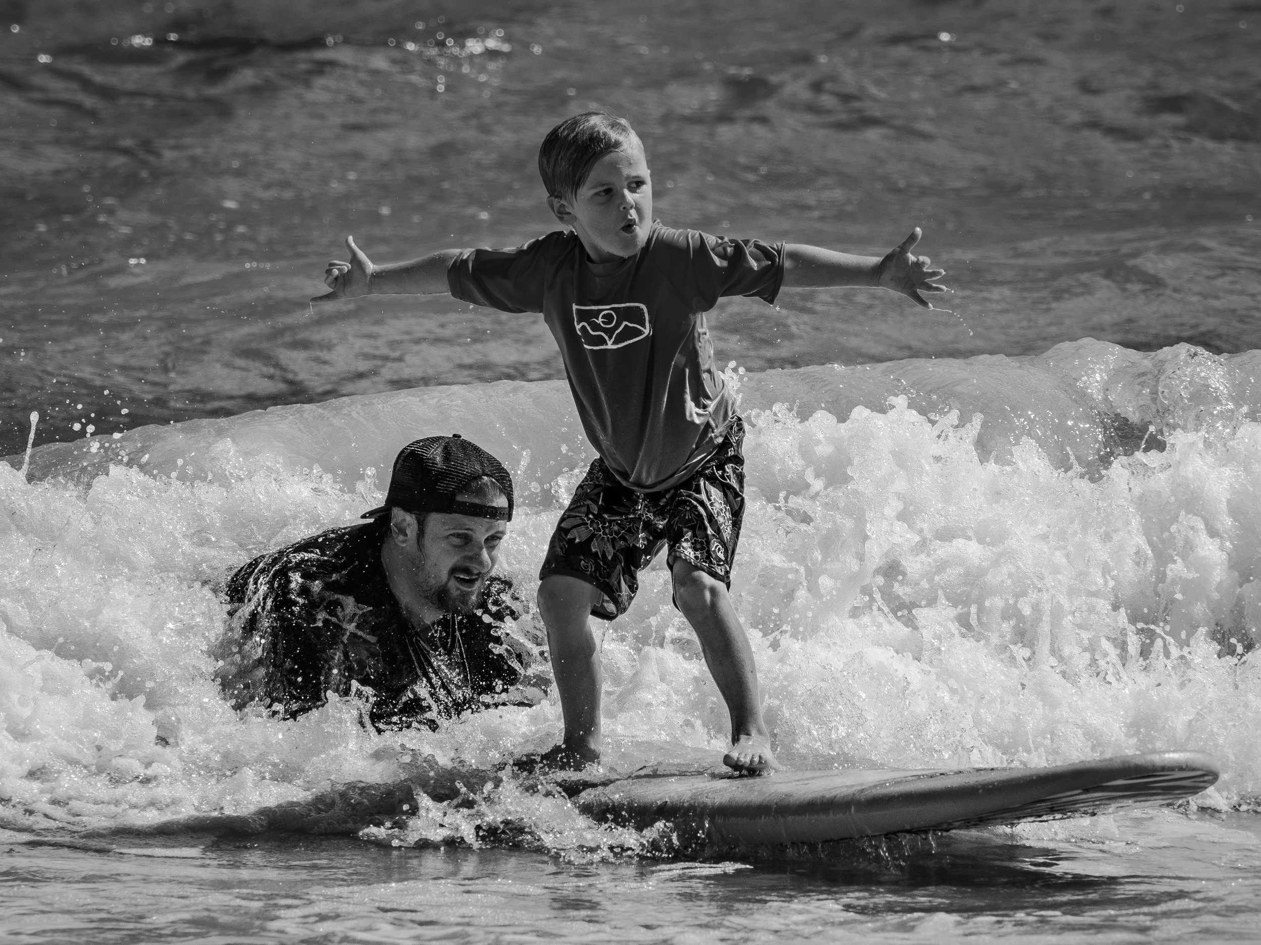 Seth T. Buckley Photojournalism - Kailu Shorebreak Classic - Surfing Compition in Hawaii