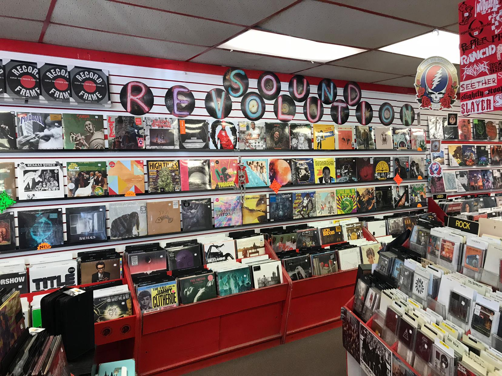 SOUND REVOLUTION (ORIGINAL) - 1312 Cypress Creek Parkway (aka FM 1960 West), Houston, TX 77090Independent, family-owned record store established in 1976; two locations with a wide variety of vinyl and CDs, vintage turntables and smoke shop related accessories.