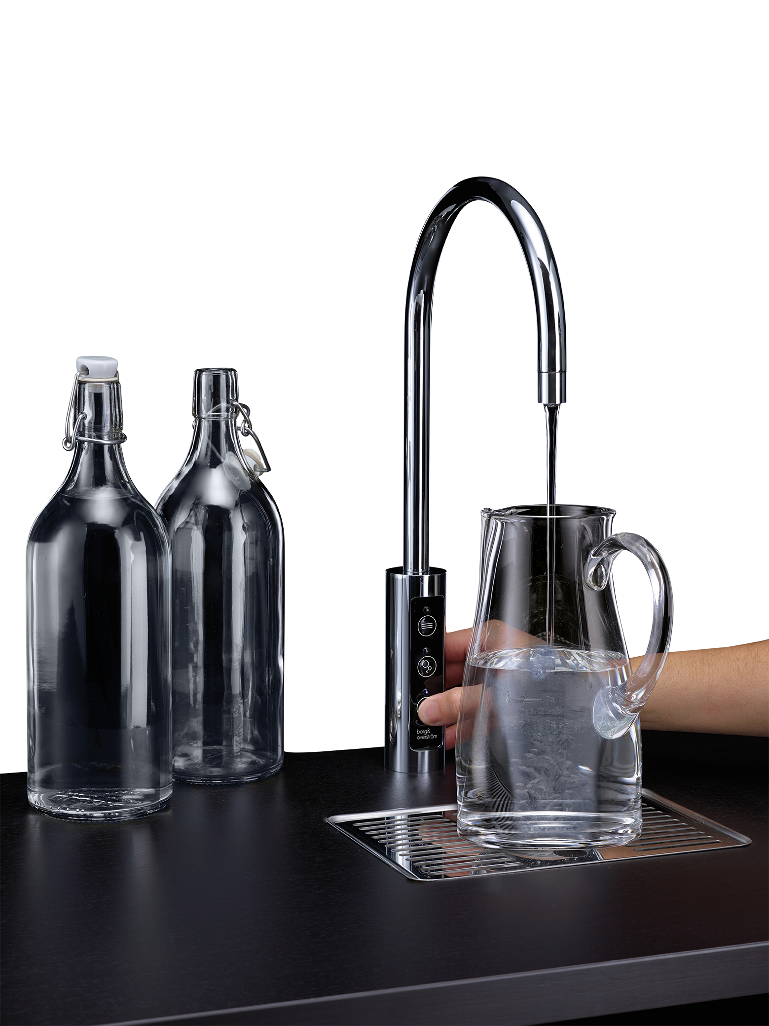 U1 Borg & Overstrom Tap dispense jug and bottles (Transparent) Low Resolution.png