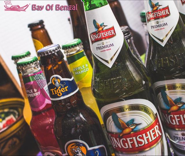 Fridays aren't complete without a cold beer to couple with your Indian food! 🍴 We've got all sorts of drinks you can choose from - there's always something for everyone at the Bay of Bengal! 🍻 ⠀ .⠀ .⠀ .⠀ .⠀ .⠀ #beer #fridaymood #fridayfunday  #bayofbengal #sheffield #Foodie #IndianFood #Instafood #Foodpic #Instagood #Yummyfood #IGfoodie #Foodoftheday #Foodgram #Foodphotography #Foodstyle #DevourPower #Eatstagram #Buzzfeast #Food #Spicyfood #IndianCuisine #Foodiesofindia #foodofindia