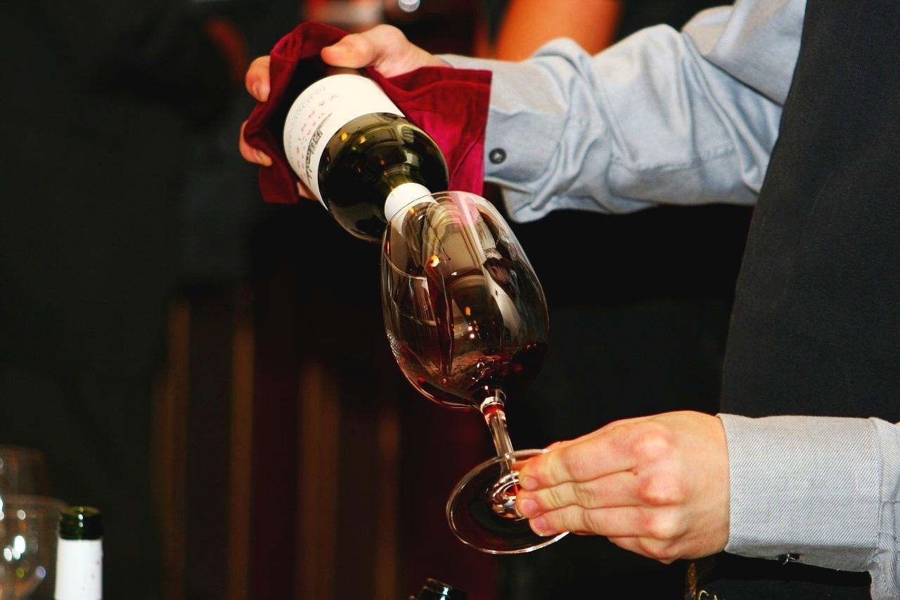 wine-786933_1280.jpg
