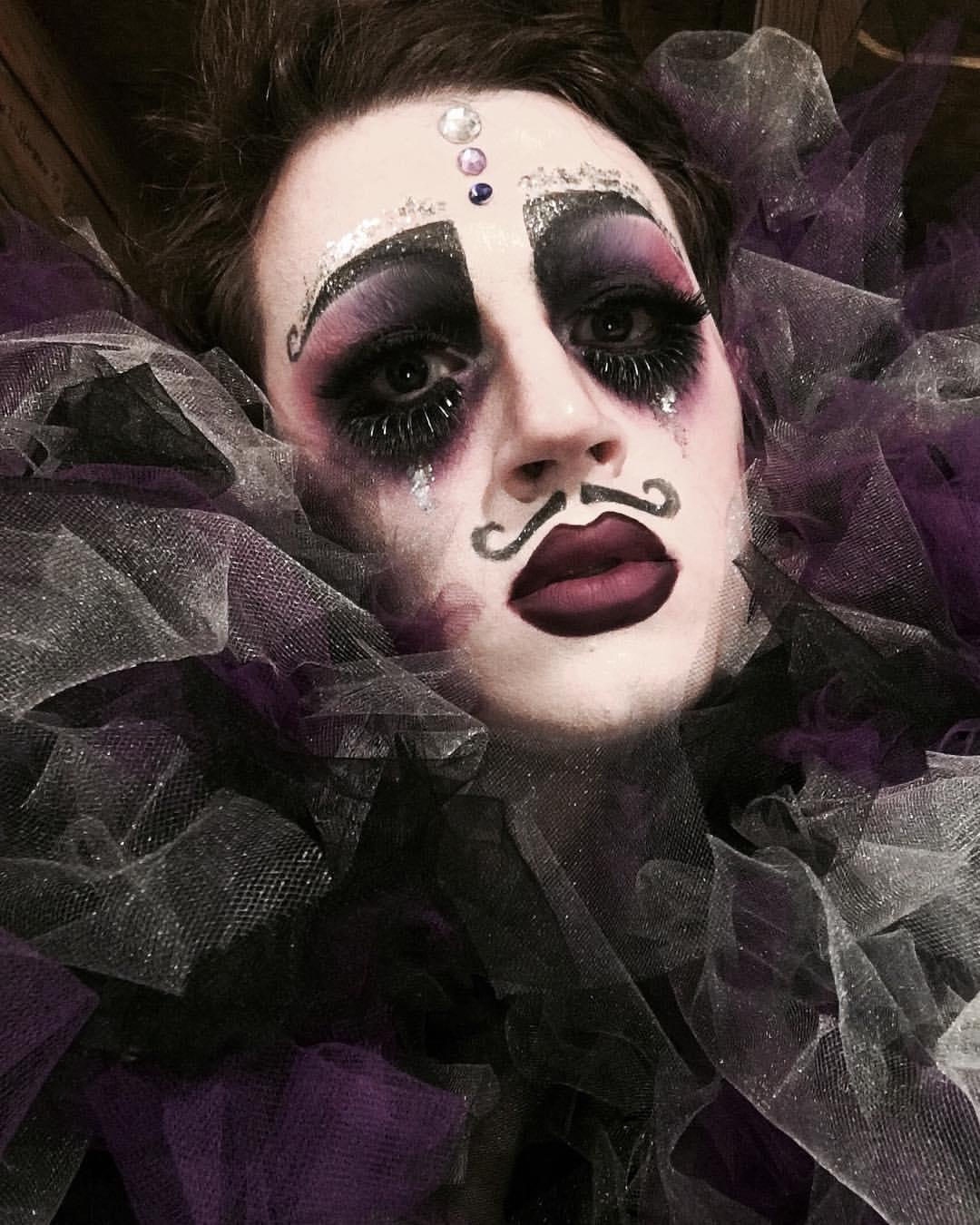 Willy LaQueue - Sad Clown.jpg
