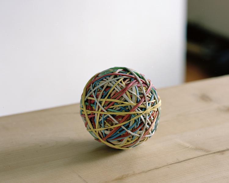 rubberband_ball_2010.jpg