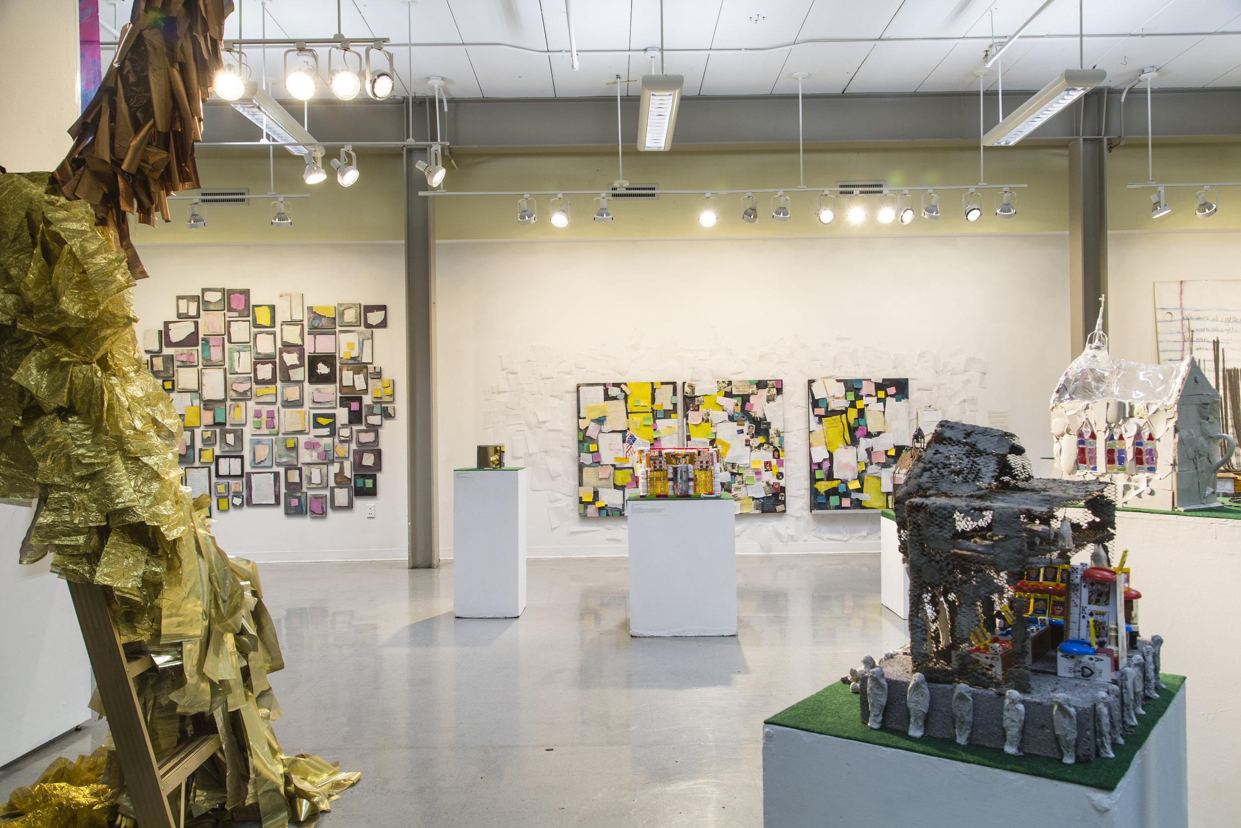 Gradshow_Exhibition3-6.jpg