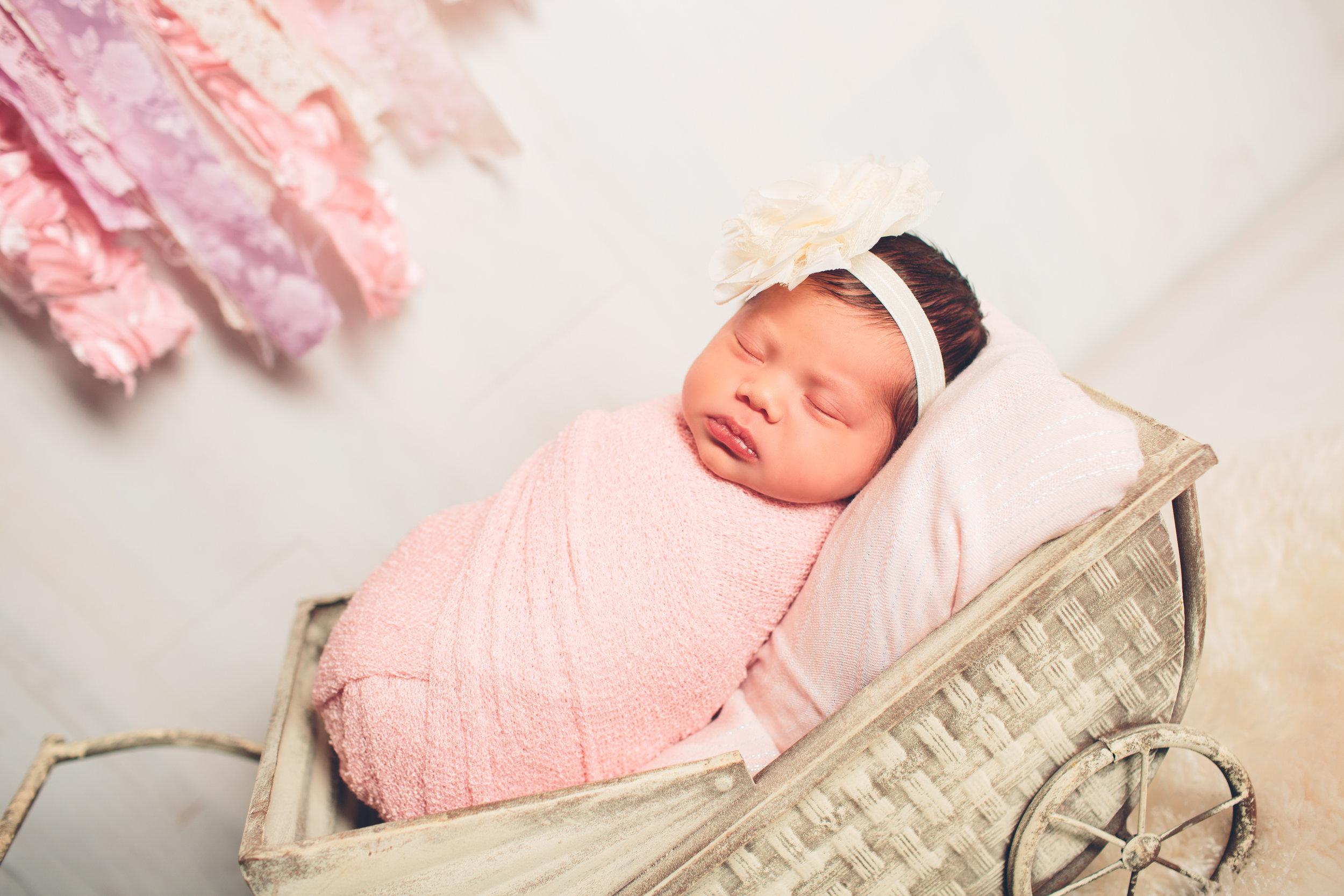 Sydney + Brit Newborn Photo Session-7.jpg