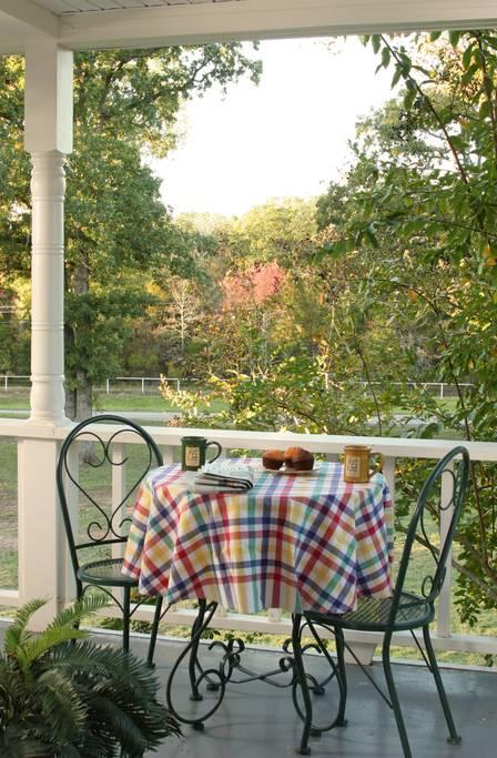 Fall-Farm-Country-Inn-Mineola-Texas-Suite-BnB-6.jpg