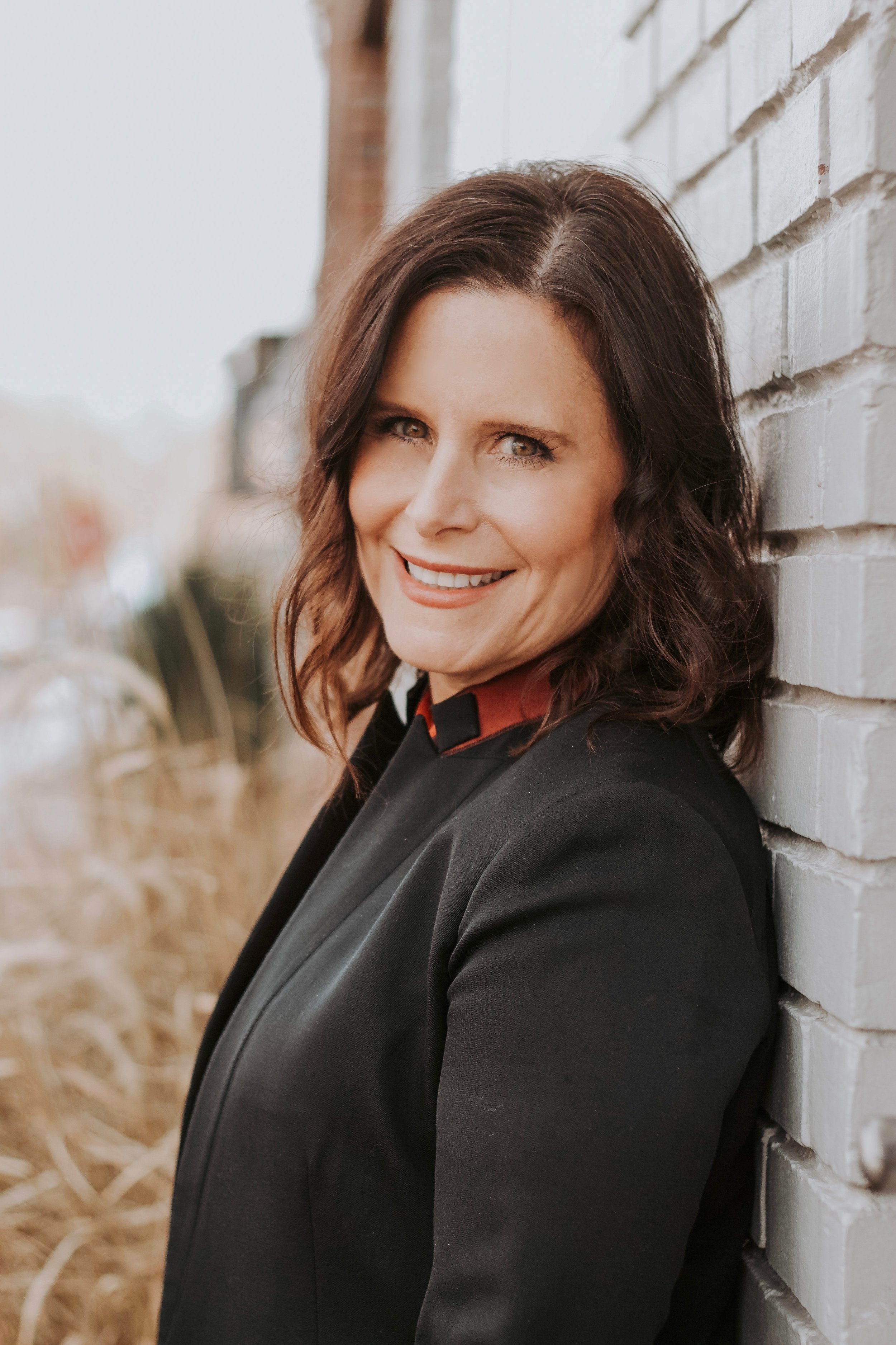 Beth Perro-Jarvis - Marketing: Journalism degree from sturdy Big Ten school and many years at Fallon as Global Group Account Director and head of the agency's Trend Unit. Plus a few more agency gigs that all make for some hard-to-believe war stories.Life: Two sons, two pets, one husband, much beloved family, a great gaggle of girlfriends, loads of enthusiasm, a talent for pie-baking, a penchant for red lipstick and a love of things that simultaneously challenge and bring joy - from snowboarding to Sunday night programming on HBO. Optimism is Beth's secret weapon.