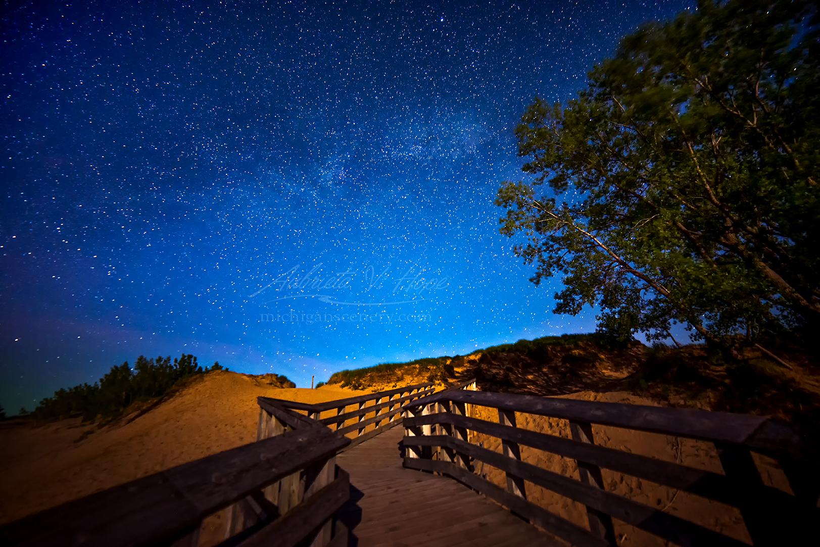 MI15-0702-9822 Milky Way at Overlook 9 by Aubrieta V Hope Michigan Scenery.jpg