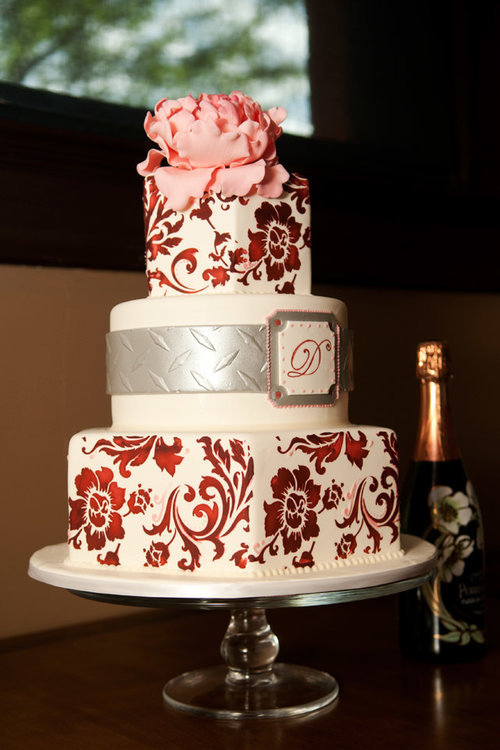 Intricate-Icings-Cake-Design-Cake-Photo.jpg