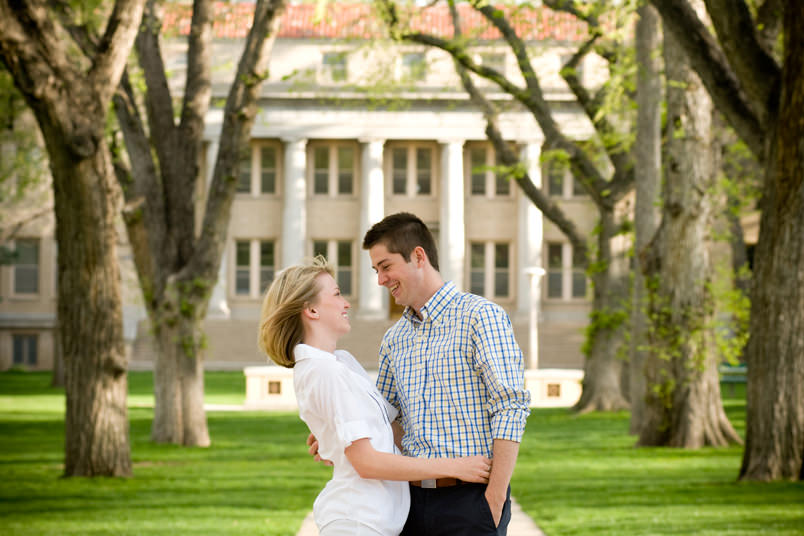 Fort-Collins-Engagement-Portraits-CSU-OVAL3-1.jpg