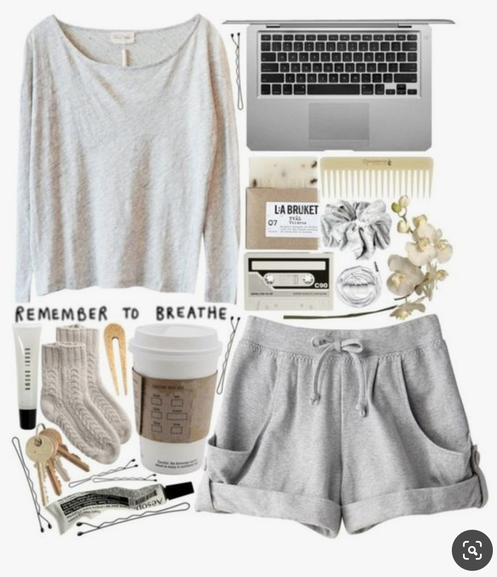 photo was taken from polyvore user: Rachelgasm (but similar to my choice of clothing on days/nights like this.