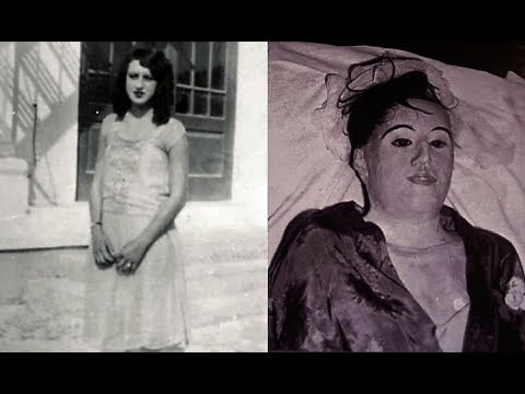 Elena in life // Elena's mummified corpse