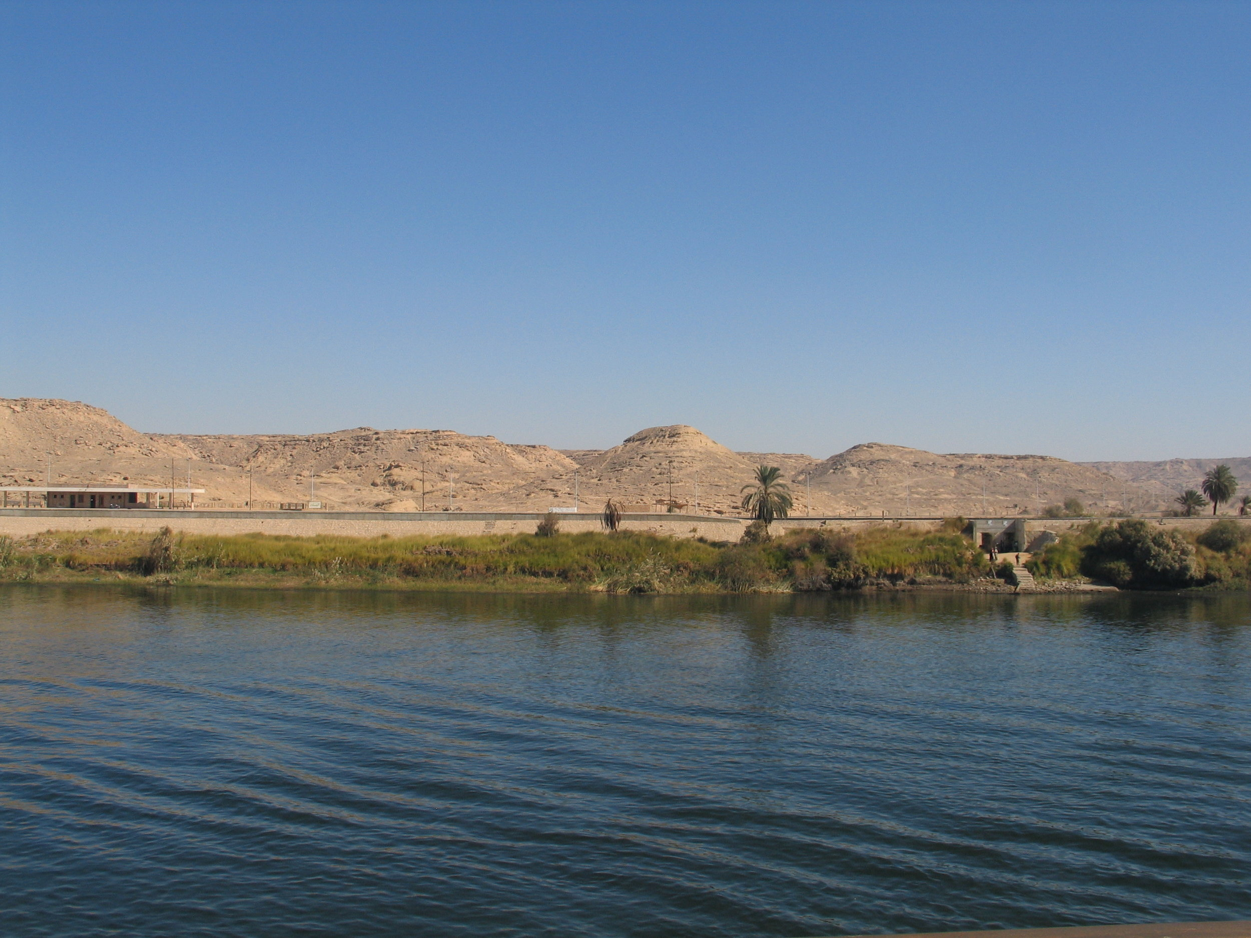 Another example of demarcation between the green land and the desert as seen from the Nile.