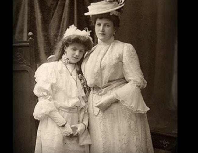 The Lancelin Women - Daughter Genevieve & Mdm